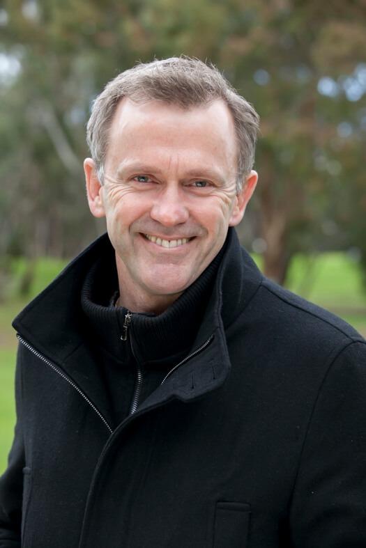 Revd Dr Warren Huffa